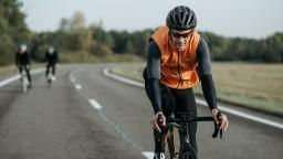 Bezpečne na bicykli: Kedy treba vymeniť cyklistickú prilbu za novú?