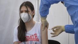 Negatívne správy. V tempe očkovania za vyspelými krajinami zaostávame