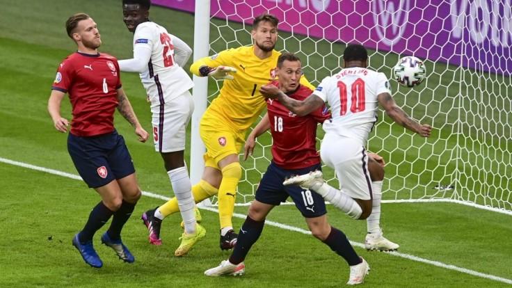 Anglickí futbalisti zvíťazili nad Českom a vyhrali D-skupinu