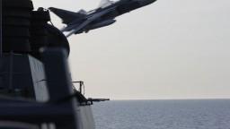 Vplávali do ruských vôd ilegálne? Na britský torpédoborec mali vypáliť varovné strely