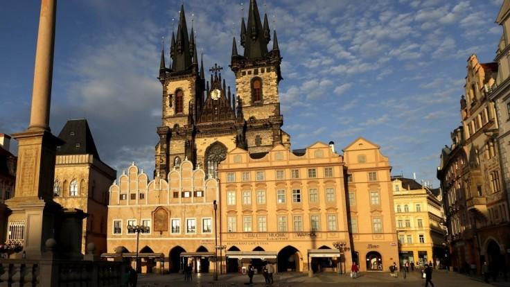 Nakazených v Česku pribúda, varujú aj hygienici. Problém má najmä Praha