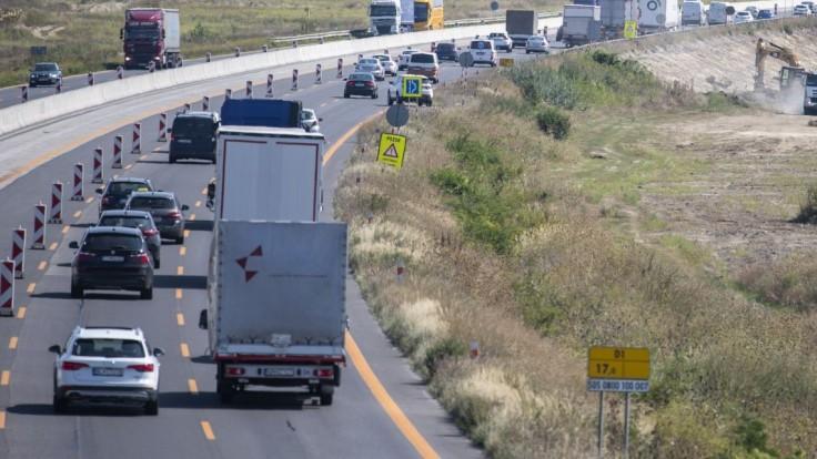 Vodiči, pozor! Rátajte s uzavretím diaľnice D1 pri Triblavine