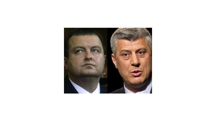 Premiéri Kosova a Srbska sa prvýkrát posadili za rokovací stôl