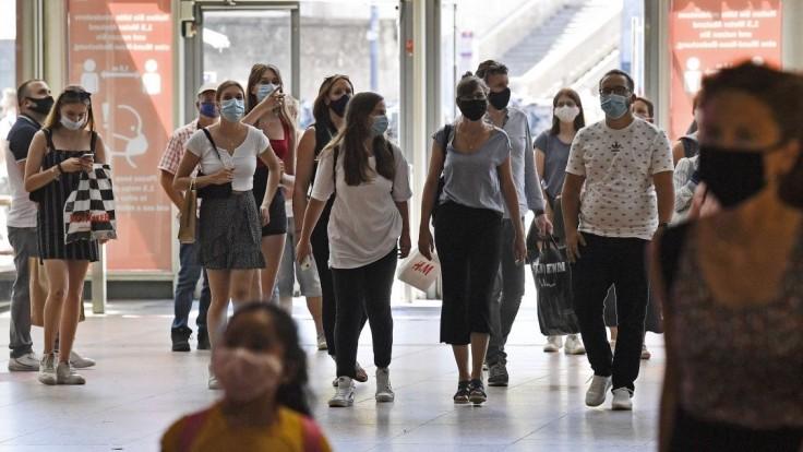 Bošňák: Infikovaných bude pribúdať už po víkende, delta bude dominantná do šiestich týždňov