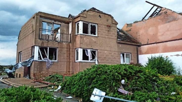 FOTO Bola to apokalypsa, v nemocnici to vyzeralo ako na bojisku, opísal katastrofu v Česku šéf nemocnice