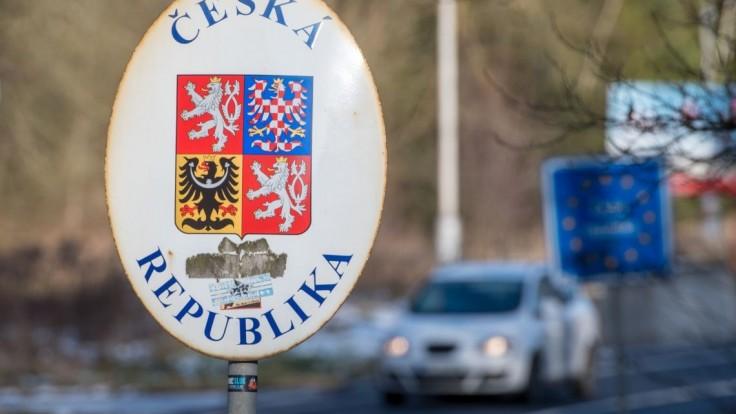 Hraničný priechod s Českom na D2 bude minimálne do 12.00 h neprejazdný