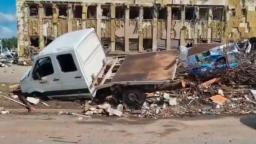 Situácia je dramatická, opísali zásah po tornáde na Morave slovenskí záchranári