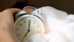 Nastavte si budík: Skoré vstávanie znižuje riziko depresie, odhalila štúdia