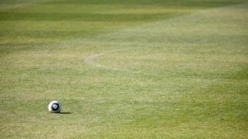Trenčiansky kraj má futbalovú akadémiu, kluby podpísali memorandum o spolupráci