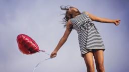 Vedci odhalili najšťastnejší vek človeka. Na spokojnosť má vplyv zdravie a skúsenosti