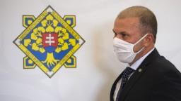 Šéf polície nechce komentovať Zurianove sporné materiály, nahrávku o úplatku pre Mikulca nemá