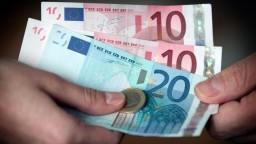 Obracali každé euro. Viac ako tretina Slovákov si vlani nemohla dovoliť týždňovú dovolenku