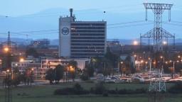 V U. S. Steel sa odbory a vedenie sporia o pracovný čas. Pomáha im mediátor