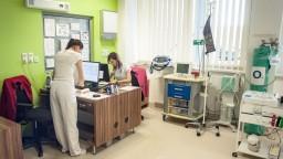 Pri ochorení po návrate zo zahraničia treba kontaktovať lekára, pripomína ministerstvo