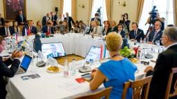Krajiny V4 pomôžu Litve s náporom migrantov z Bieloruska, uviedol maďarský minister