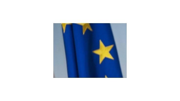 Dlh eurozóny vzrástol na 90 % HDP, slovenský nad 50%