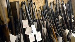 Zbraňová amnestia sa v Česku chýli ku koncu. Odovzdali dokonca aj protilietadlový kanón