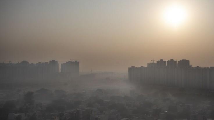 Postavia gigantickú čističku vzduchu, má pomôcť indickej metropole