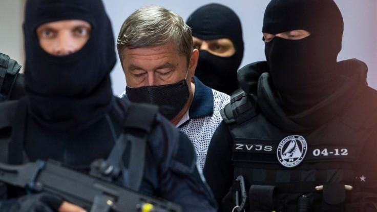 Najvyšší súd zamietol Kováčikovu sťažnosť, bývalý špeciálny prokurátor zostáva naďalej vo väzbe