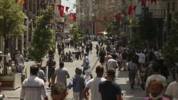 Turecko uvoľnilo opatrenia. Počet nových prípadov je najvyšší od polovice mája