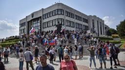 Terčom protestov sa stali aj novinári, SaS útoky odsúdila