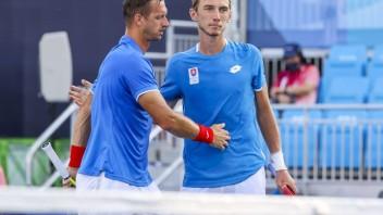 Polášek s Kleinom sa prebojovali do druhého kola štvorhry, na úvod zdolali Rusov
