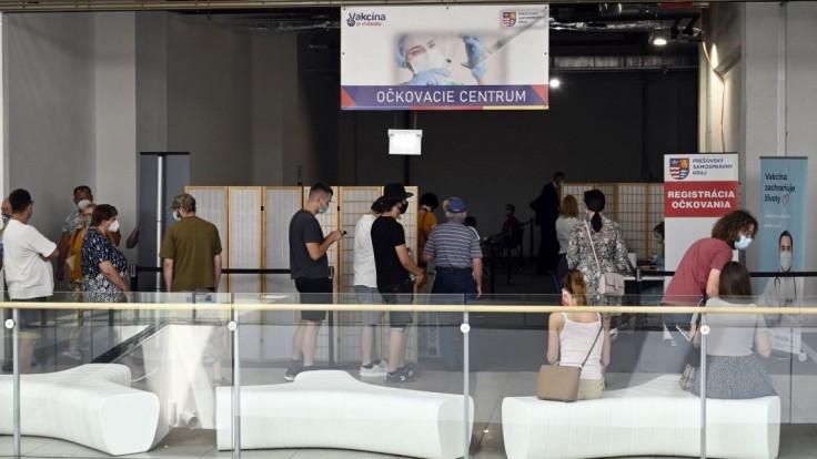 Prešov stavil na obchodné centrum, po vakcínu si prišlo 726 ľudí