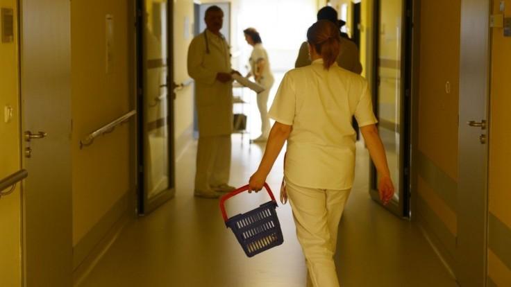 Porušuje ministerstvo práva pacientov? Lekárske odbory vyžadujú kontroly