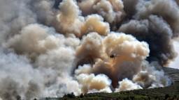 Atény sú v ohrození, Grécko sužujú viaceré lesné požiare