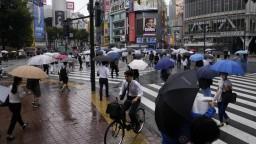 Búrka v okolí Tokia postihla aj olympijské hry. Má ešte zosilnieť
