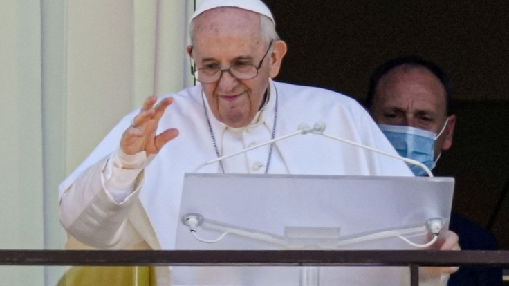 Pápežova návšteva nemá vyznieť ako nátlakový nábor na očkovanie, tvrdí kňaz Gavenda