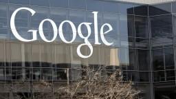Facebook a Google sa pridali k inštitúciám, ktoré do svojich kancelárií pustia už iba zaočkovaných