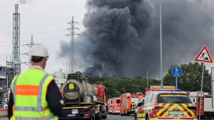 Počet obetí po výbuchu priemyselného parku stúpol, v sutinách objavili ďalšie telá