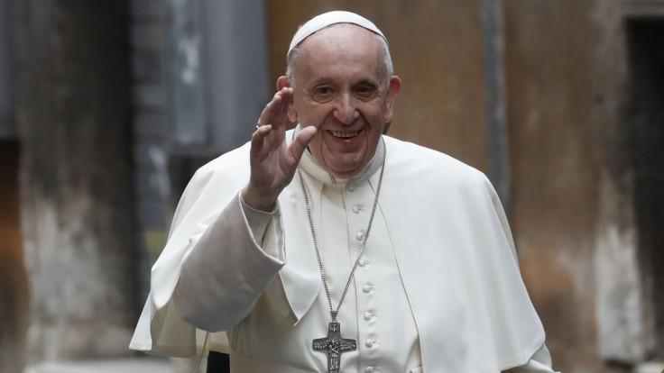 Počas návštevy pápeža treba stovky dobrovoľníkov. Prešov vyzýva na pomoc