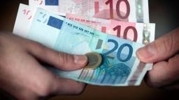 Ekonomika v EÚ sa oživuje, ceny tovarov a služieb však vzrástli