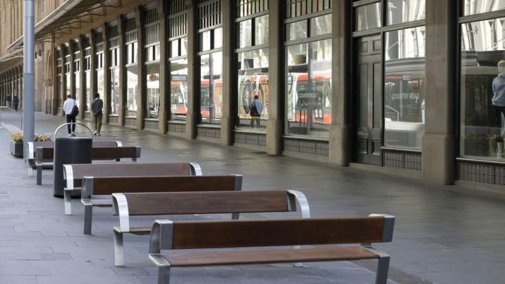 V Austrálii zaviedli prísny lockdown. Úrady sa snažia trasovať kontakty