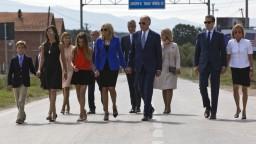 Kosovo posmrtne vyznamenalo Bidenovho syna, pomáhal školiť prokurátorov a sudcov