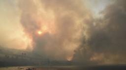 Požiar na dovolenkármi vyhľadávanom Rodose sa vymkol spod kontroly