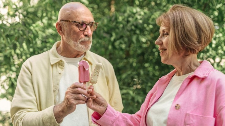 Vedecky potvrdené: Muži, ktorých manželky kontrolujú, žijú zdravší a dlhší život