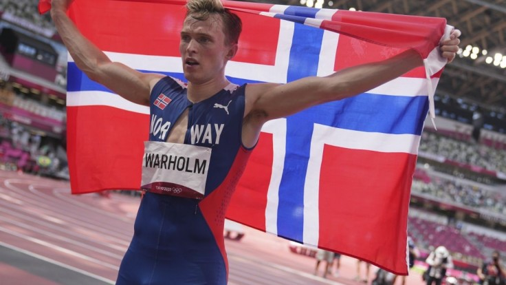 Zlato a svetový rekord. Warholm ako prvý v histórii bežal prekážky pod 46 sekúnd