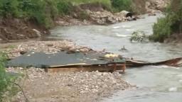 V Košeckom Podhradí voda zmietla mosty aj domy, škody rátajú na státisíce