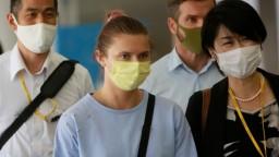 Cimanovská pristála vo Viedni, Poľsko udelilo víza aj jej manželovi