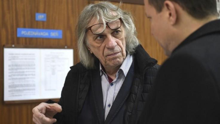 Výtvarníka Petra Kalmusa napadli a zbili do bezvedomia
