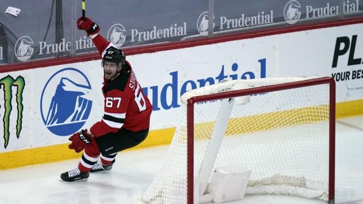 Aj naďalej bude hráčom New Jersey Devils. Studenič podpísal na rok dvojcestnú zmluvu