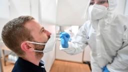 PCR testy odhalili vyše 50 nakazených, pribudol iba jeden hospitalizovaný