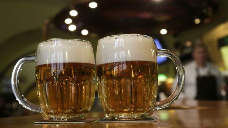 Spotreba piva u nás klesá, minulý rok bola tretia najnižšia v novodobých dejinách