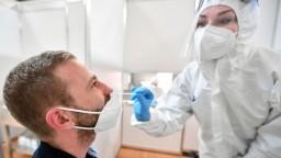 Viac ako 70 percent nových nakazených za uplynulý týždeň bolo nezaočkovaných