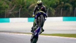 Sedemnásobný šampión MotoGP Valentino Rossi po sezóne ukončí kariéru