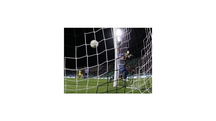 Fico s Nečasom chcú spoločnú futbalovú ligu