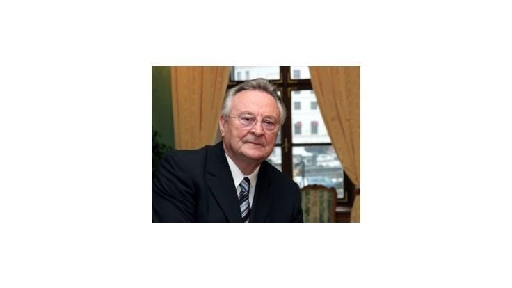 Prezidentovho kancelára Milana Čiča operovali